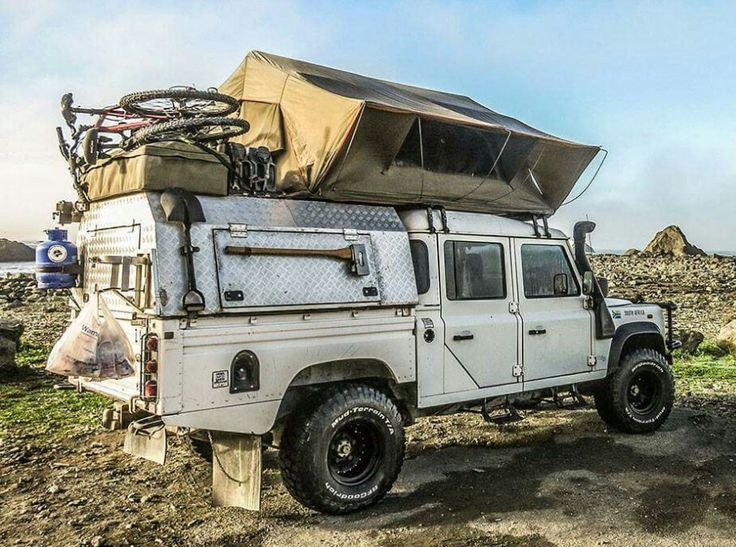 Land Rover Defender 130 Td4 DCH camping adventure.