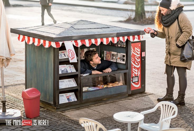 The little table and chairs are so cute! Coca-cola mini kiosks by Ogilvy & Mather Berlin promote tiny coke cans. #marketing #brand #Germany