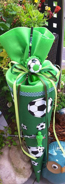 Schultüten - Fussball - Schultüte/ Zuckertüte - ein Designerstück von XBergDesign2 bei DaWanda