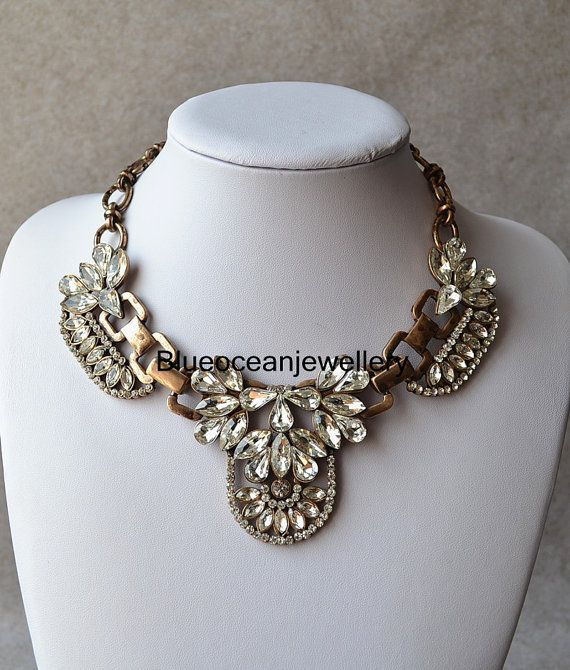 New White Crystal Flower Necklace Popular by Blueoceanjewellery