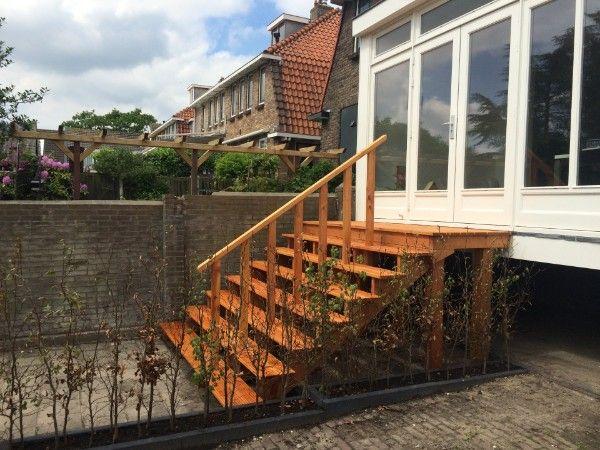 25 beste idee n over buitentrap op pinterest betonnen for Houten trap voor buiten