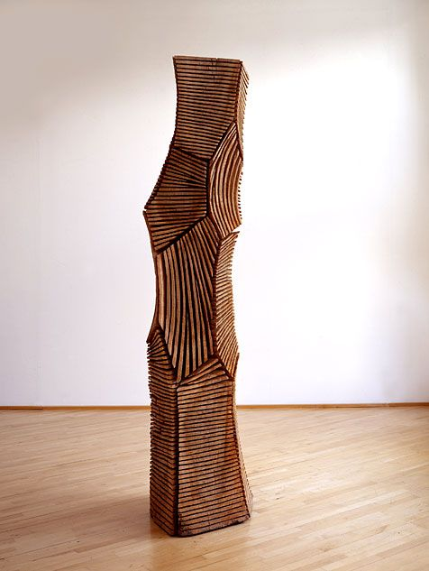 The Sculptures : With the Grain : Wood Sculpture by David Nash