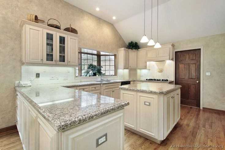 Best 73 Best Images About Antique White Kitchens On Pinterest 400 x 300