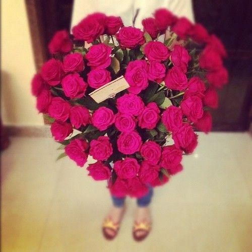 heart shaped rose bouquet <3