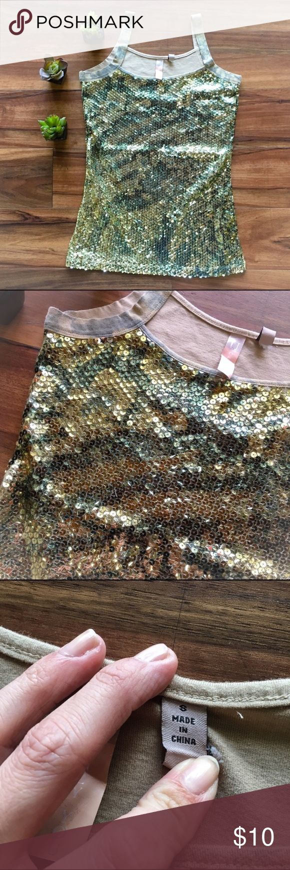 🇺🇸 Sequined Camouflage Tank Top Size small with no flaws. No trades. Tops Tank Tops