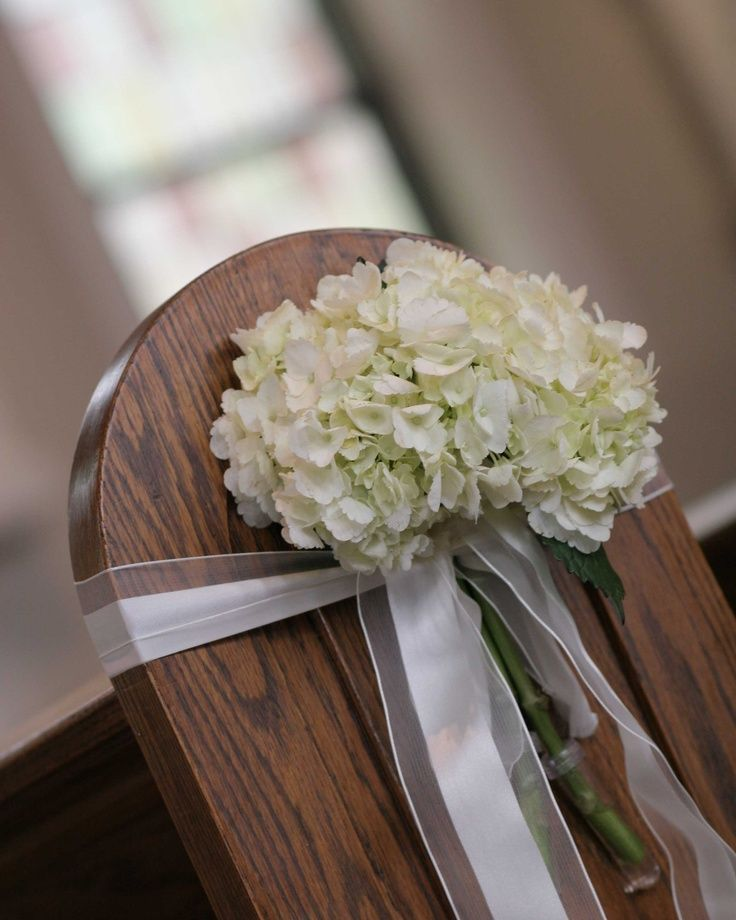 19 best pew images on pinterest pew markers wedding bouquets and wedding decor. Black Bedroom Furniture Sets. Home Design Ideas