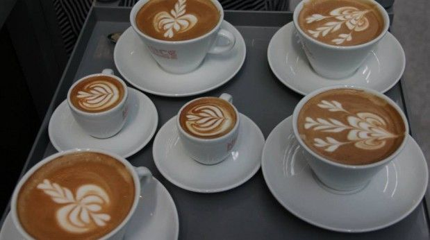 The Final Round Pours from the 2013 World Latte Art Championship // Barista Magazine Blog
