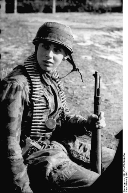 d-day german machine gunner