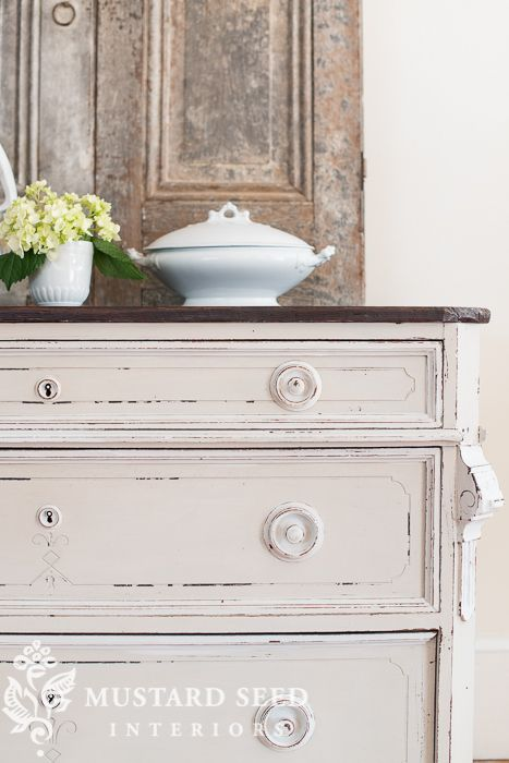Miss Mustard Seed Distressing Painted Furniture | Tips U0026 Techniques  Http://missmustardseed.