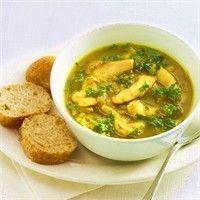 Kerrie-uiensoep met kip recept - Soep - Eten Gerechten - Recepten Vandaag