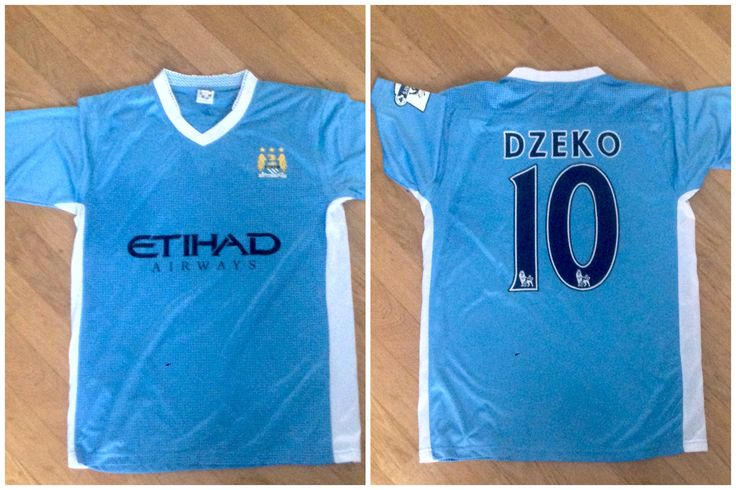 Manchester City, England. Official T-shirt/Maglia ufficiale