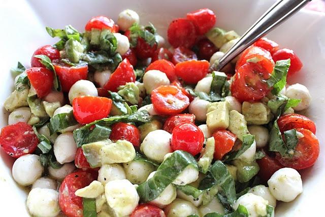 Mozzerella, Tomato, & Avocado Salad - I made this salad with the following sweet balsamic dressing: 1 Tbsp. balsamic vinegar 2 tsp. sugar 1/2 Tbsp. mustard 1/2 tsp. garlic salt 1/4 tsp. pepper 2 Tbsp. olive oil