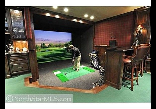 Indoor virtual golf for the home