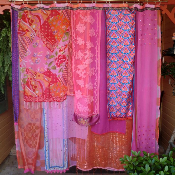 best 25 cute shower curtains ideas only on pinterest country brown bathrooms brown ceiling. Black Bedroom Furniture Sets. Home Design Ideas