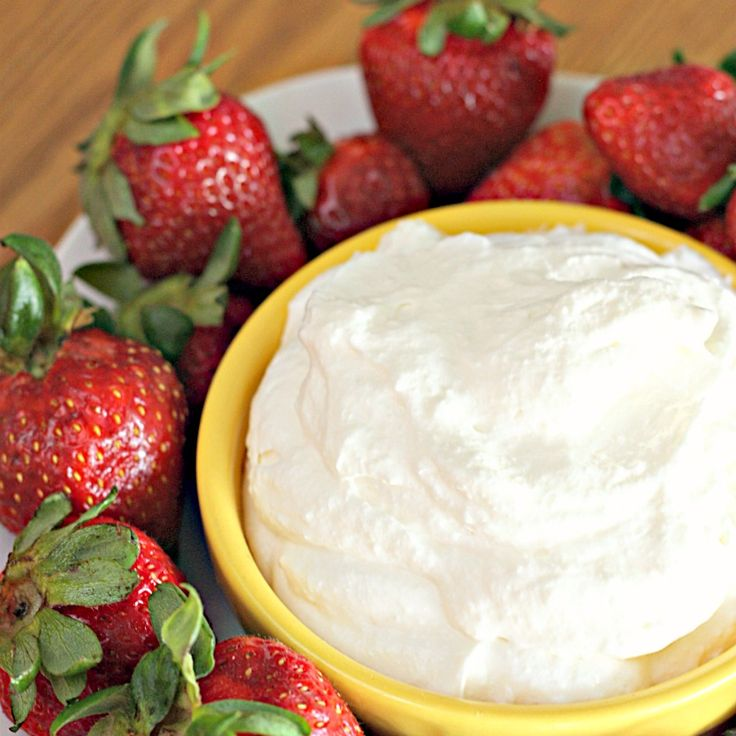 White Chocolate Pudding Dip from SixSistersStuff.com - perfect for all fresh fruit!