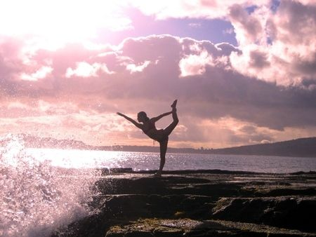 the combination of dancer pose and beautiful beaches never becomes uninspiring!