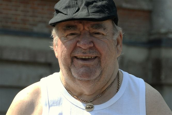 Paul Shane from You rang M'Lord?. He was a grate actor. RIP Paul!