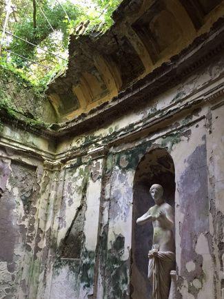 Cryptoporticus in the gardens of the Reggia di Caserta!