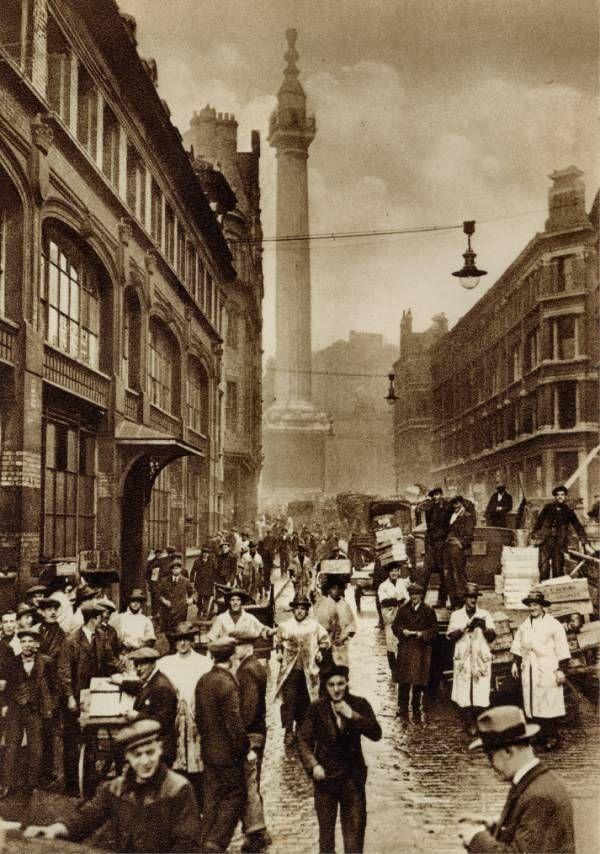 Monument Street 1920s