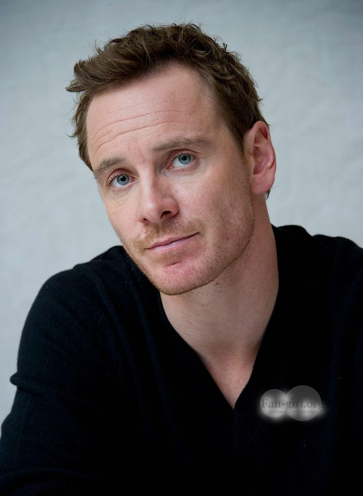 "When I think of Naomi Campbell I don't think ""fire"" and ""passion."" I think MENTAL ILLNESS. Throw a phone at ME and you'll see ""passion,"" alright...  Michael Fassbender reveals what he's looking for in a woman │ ""Everybody would rather a feisty woman, no? You don't want a wallflower, you want life and passion and opinion,"" he is quoted as saying by British newspaper The Sun. Clic 2X for more"