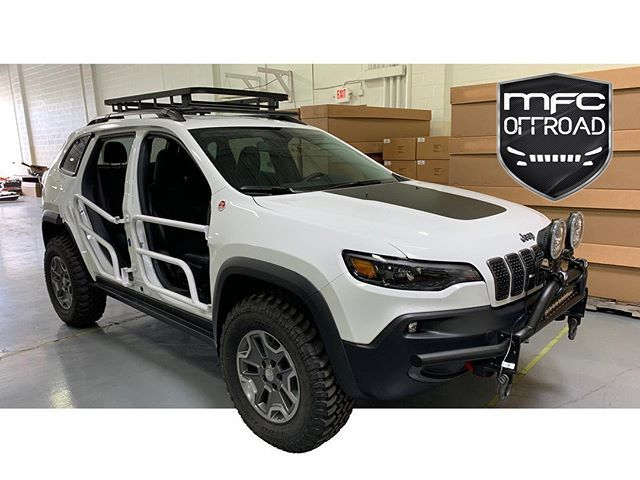 2 Inch Lift Kit 2014 2020 Jeep Cherokee Kl Jeep Cherokee Jeep