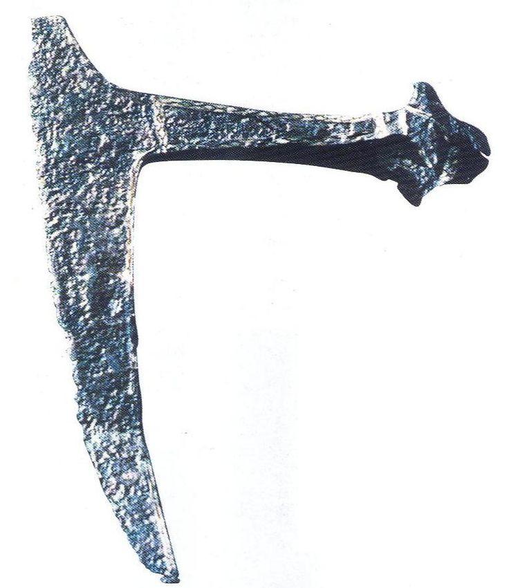 Two-handed bearded axe (bartaxt) from Lunow k. Eberswalde (11.c.)