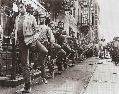 jets take ballet class on set... Why is this picture not on the wall in my house ?!! Where are all these archive pictures hiding????