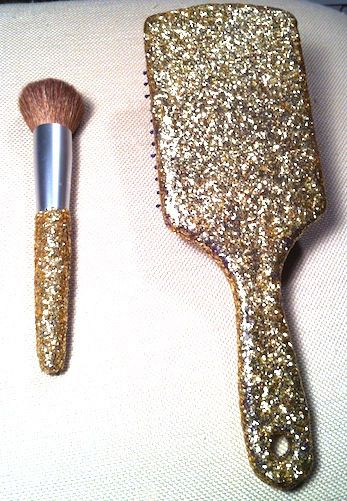 #Warning - You may cover everything you own in #glitter.... Add glitter to anything without it falling off! Spread modge podge on surface and sprinkle glitter on top. Add another layer on top when dry if you want thicker glitter.