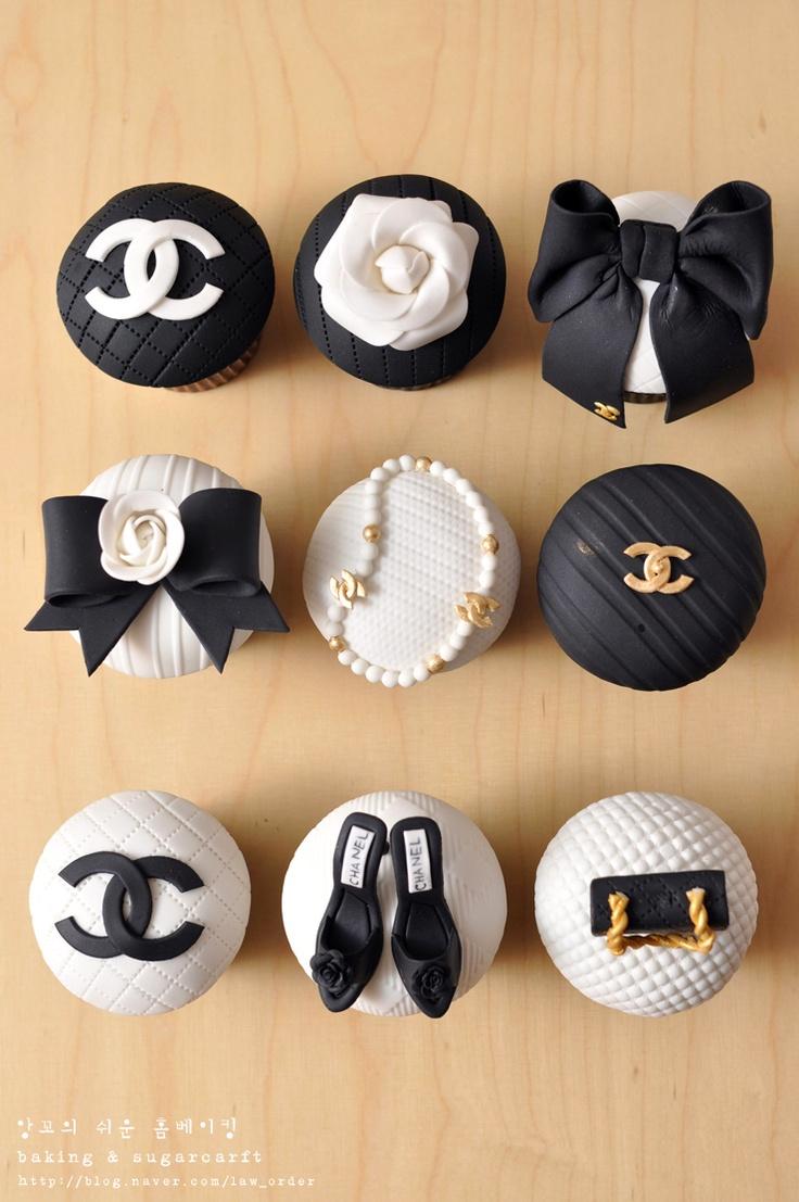 Chanel sugar cupcakes  샤넬 슈가 컵케익 세트 만들었어요!! / 슈가 컵케이크 / 슈가머핀 :: 네이버 블로그