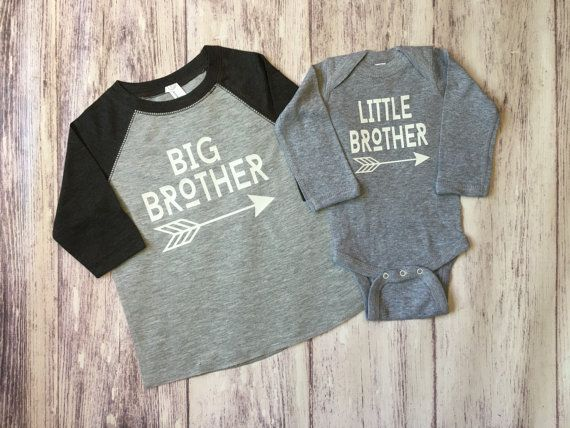 Big Brother & Little Brother shirts pregnancy announcement