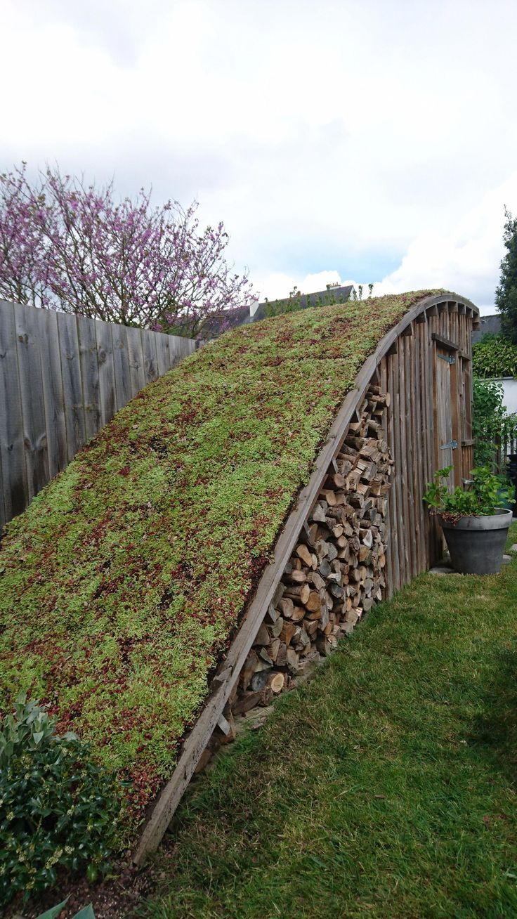 Ein umweltfreundliches Dach dient als Dach das eig…