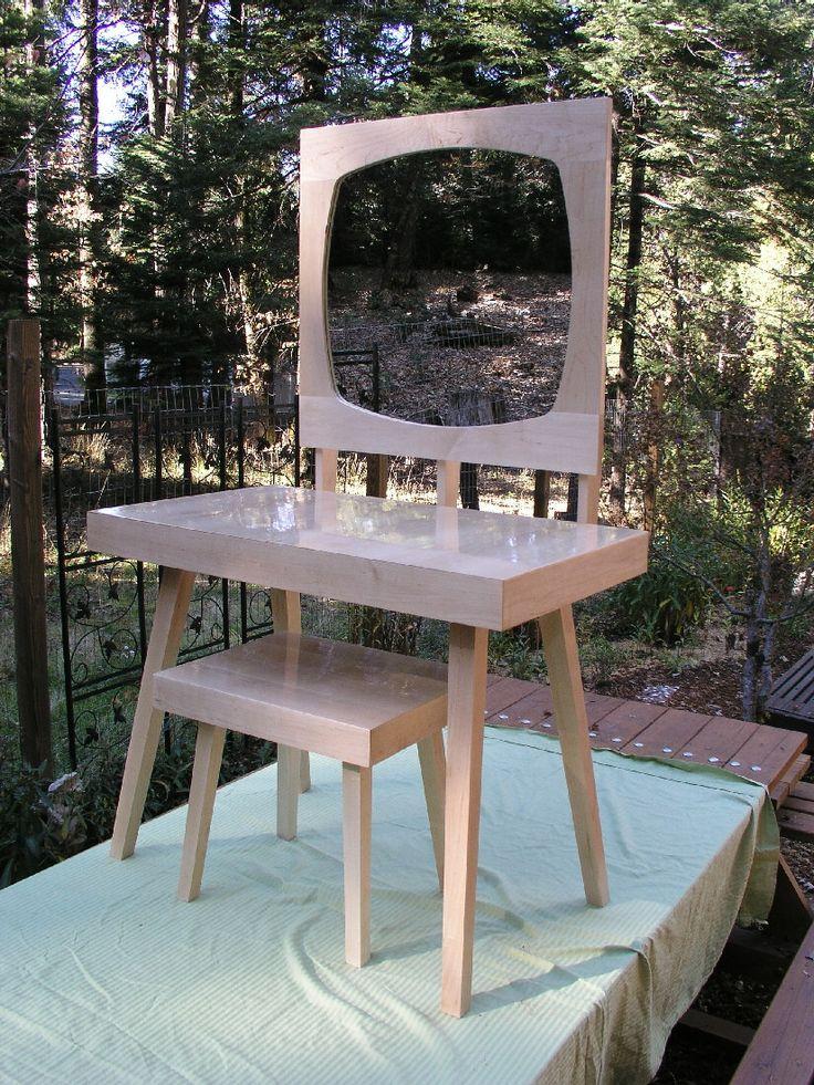 Modern Mirrored Vanity Table Set, Mid Century Style, Maple Makeup Vanity,  Bathroom Vanity