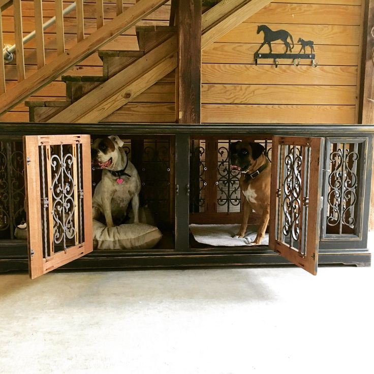 Custom double dog kennel / handcrafted / solid wood www.facebook.com/inthedoghousekenneldesugns.com
