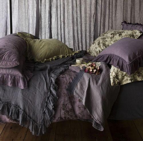 Purple and green bedding romantic very great exscapish