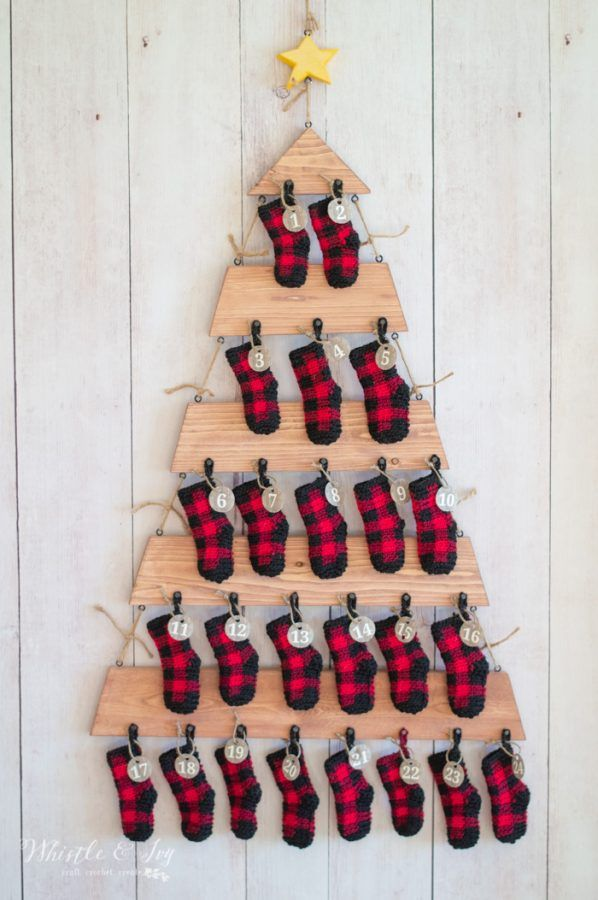 Crochet Plaid Mini Stockings (Advent Calendar) - Free Crochet