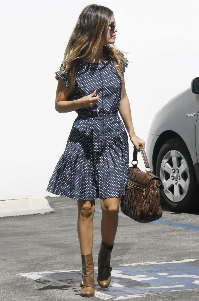 Will never stop loving casual style!-cute dress and boots