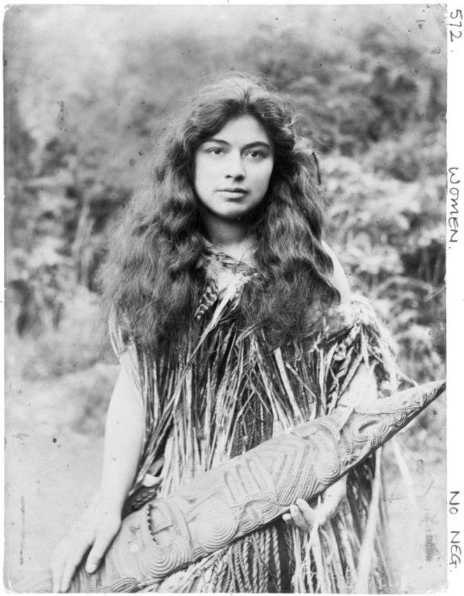 Maori woman, possibly Te Kaia Kingi