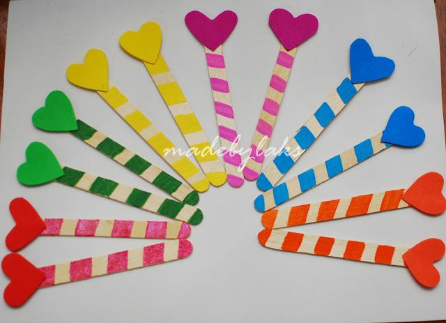 Heart bookmark simple homemade gift for the class for Simple bookmarks