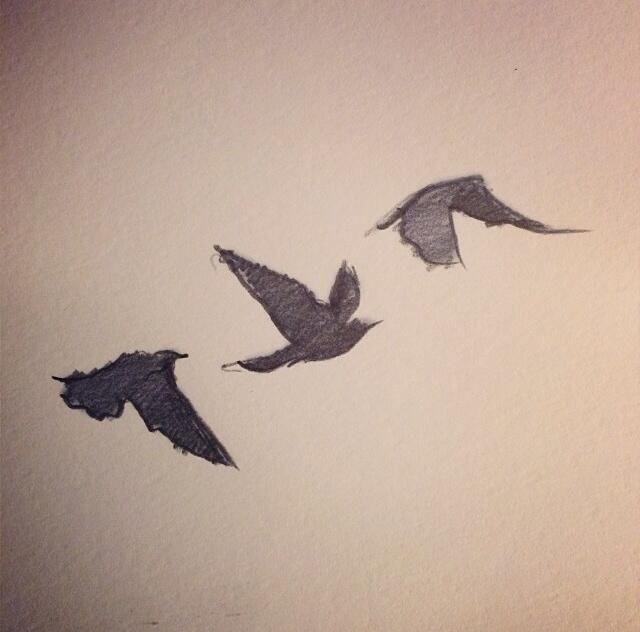 divergent bird tattoo necklace - 640×632