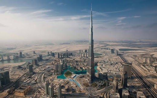 Burj Khalifa's - http://istantidigitali.com/2014/02/25/burj-khalifas/