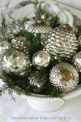 Vintage French Soul  ~   Christmas Bowl