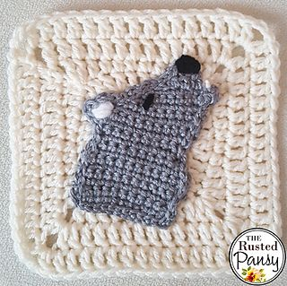 Ravelry: Howling Wolf Applique pattern by The Rusted Pansy