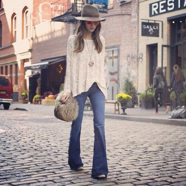 35f52552ba Cómo combinar unos pantalones de campana o flare pants