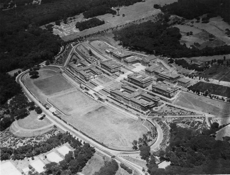 Upper campus in 1935. Just a handful of buildings and plenty of parking!