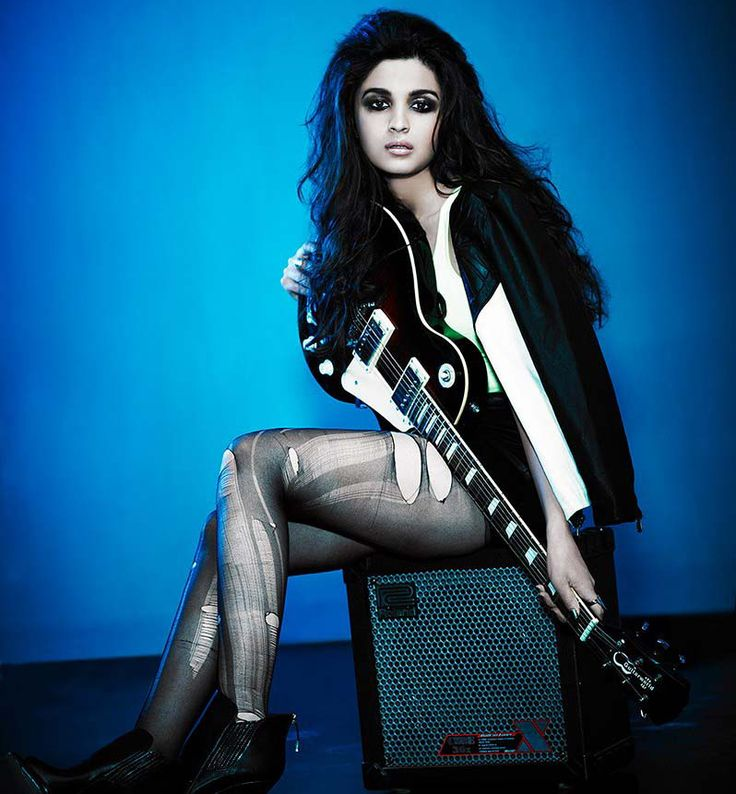 alia-bhat-sexy-in-rockstar-pose-torn-stockings-and-leather.jpg
