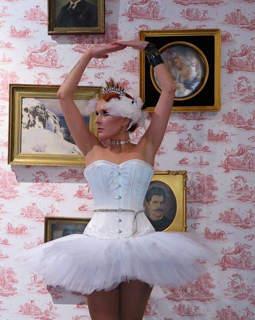 The wardrobe of Ms. B: A  Prima ballerina for Halloween 2016