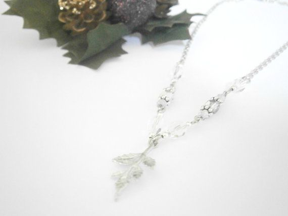 Silver Leaf Necklace  Fall Autumn Jewelry  by GlamorousSparkle, €15.00