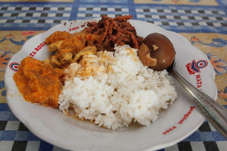 Gudeg Manggar Bu Jumilan Rasa Lezat Sajian Keraton Jogja - Kuliner Yogyakarta