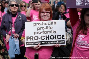 The Heartbreaking Rise of Abortion Clinic Closures Is Already Affecting Women's Constitutional Rights | Alternet