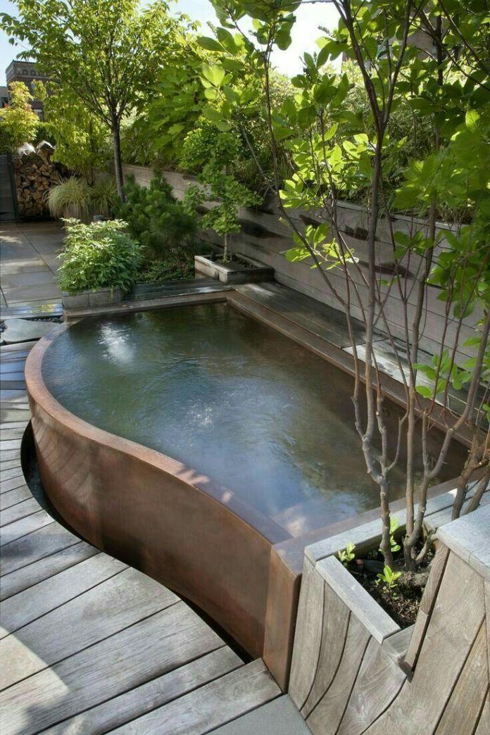 Atemberaubende kleine Hinterhof-Whirlpool-Ideen